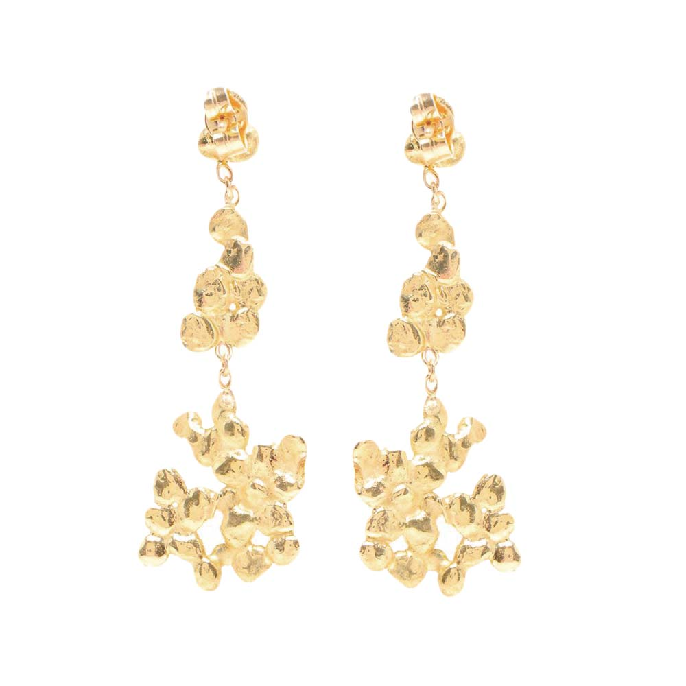 Cobbled White Diamond Earrings