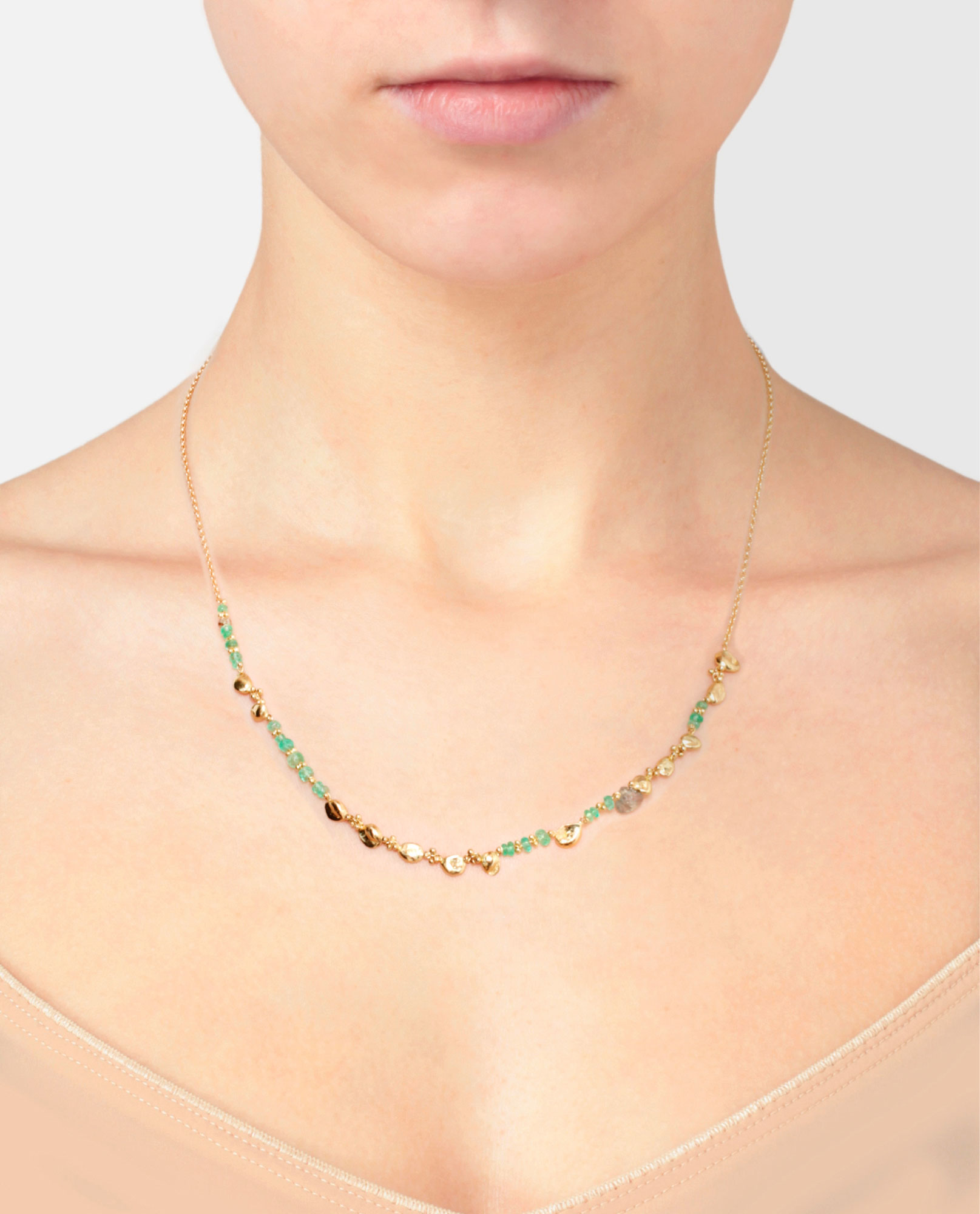 Rock-fall Pin Emerald Story Necklace